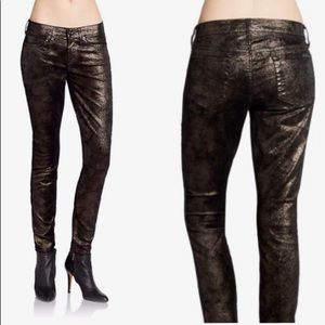 NWOT Black Coated Metallic Gwenevere Skinny Jeans